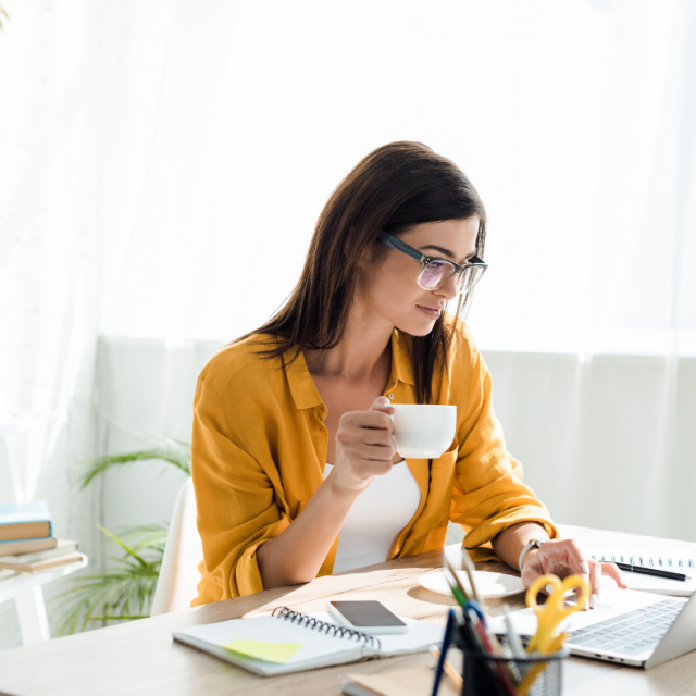 Want to become a remote worker but have no idea where to start? This beginner's guide will help!
